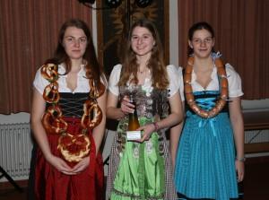 Jugend: Jenny, Lena, Sonja (v.l.)